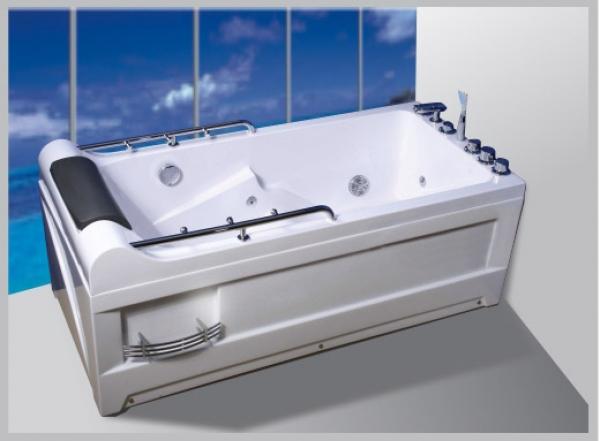 Địa chỉ bán bồn tắm massage Govern chính hãng